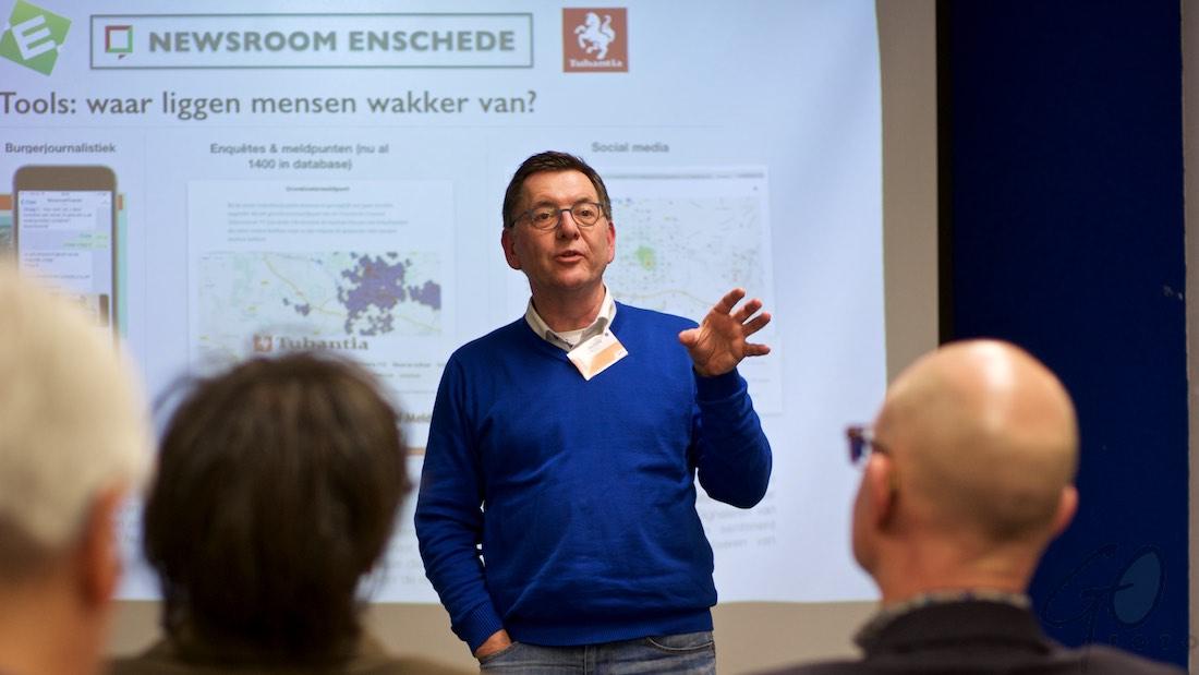 Journalisten hebben handlanger nodig - Newsroom Enschede - Henk te Harkel in actie