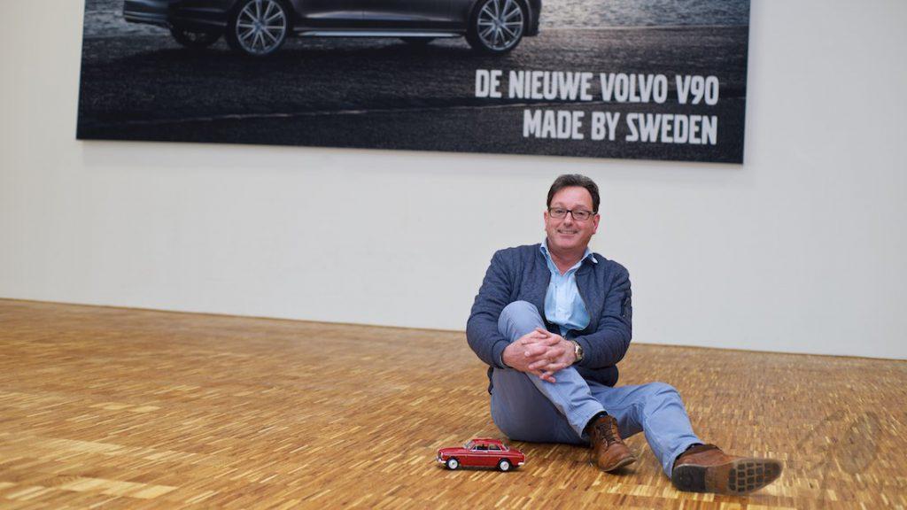 De revival van de babbels - Foto bij Volvodealer in Waalwijk
