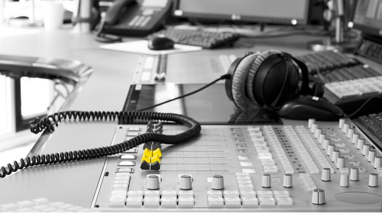 Radiostudio Radioraadsels ©Gerard Oonk _DSC6546
